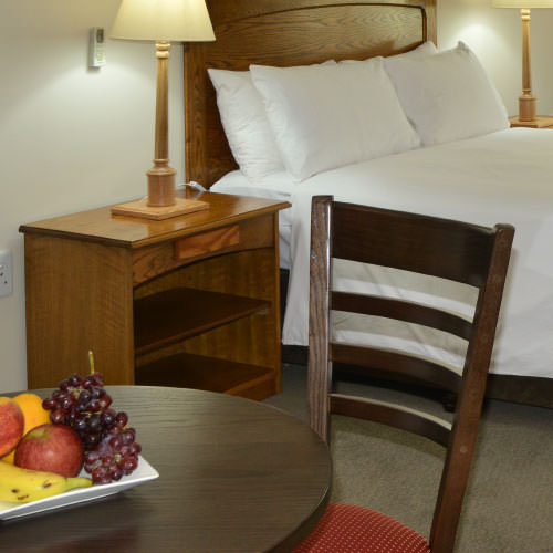 Deluxe Double Suit with fruit and double bed